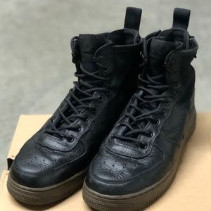 Nike SF AF-1 Mid Utility Sneaker Boots